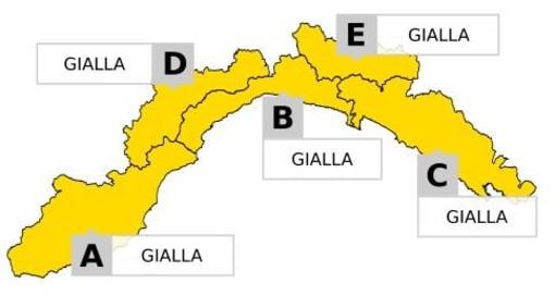 Maltempo in Liguria, modificata l'allerta meteo per temporali