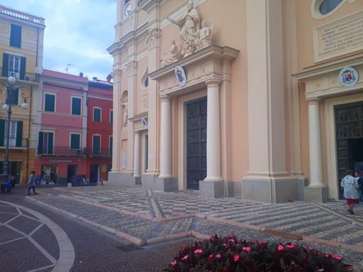 """Dalla """"Ciassa veggia de Pria"""" alla Basilica di San Nicolò in centro a Pietra per l'ultimo addio a Giovanni Serafini"""