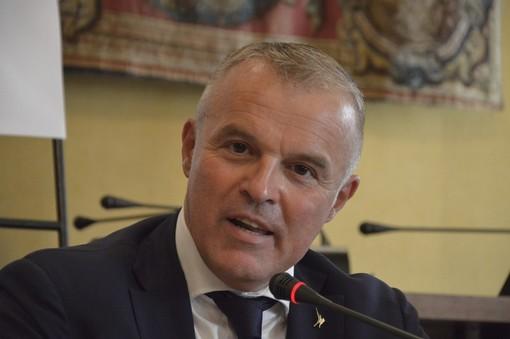 """L'assessore Benveduti in visita a Piaggio Aerospace: """"Tempi brevi e la definizione di una politica industriale nazionale"""""""