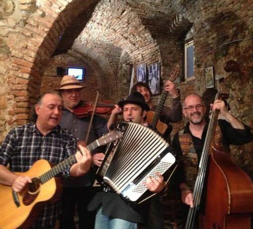 """Quiliano: lo swing della """"Banda Tziga"""" arriva a Valleggia"""