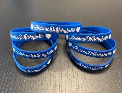 """I braccialetti #marinadiborghetto per aiutare la Onlus Bastapoco nel progetto """"Life to Life"""""""