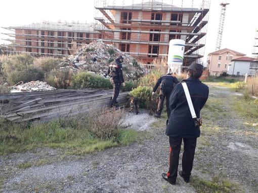 Ceriale, nuovo blitz dei carabinieri nell'Area T1: due persone denunciate (FOTO)