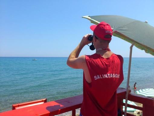 Albissola Marina, arriva il bagnino nelle due spiagge libere