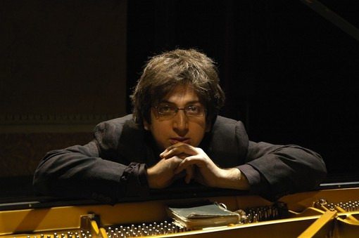 Finale Ligure, la Festa dell'Inquietudine premia il pianista Ramin Bahrami e l'Isola di Lampedusa
