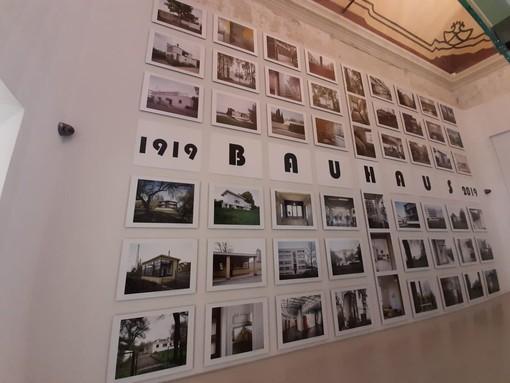 Savona, a Palazzo Gavotti prende vita la mostra fotografica Bauhaus (FOTO e VIDEO)