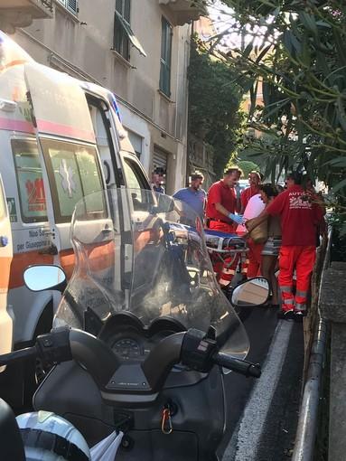 Celle, bambino investito da una moto: trasportato al Gaslini