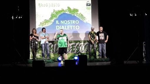"""Albenga, musica, risate e beneficenza: al teatro """"Ambra"""" successo per """"Il Nostro Dialetto"""" dei Buio Pesto"""
