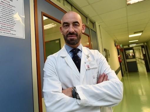 """Covid, Bassetti: """"AstraZeneca sicuro sulla base dei dati, chi dice il contrario sta con il virus"""""""