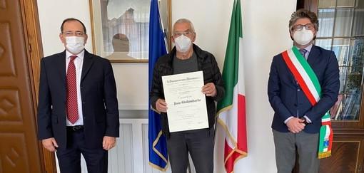 """Al ceramista albissolese Paolo Giallombardo l'onorificenza dell'Ordine """"Al Merito della Repubblica Italiana"""""""