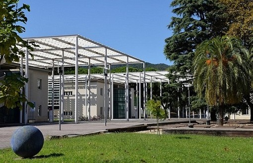 """Savona, al Campus la mostra permanente """"La bellezza delle immagini oltre le parole nei libri ritrovati"""""""