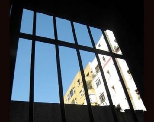 Violenza sessuale su una bimba di 8 anni, in carcere 77enne di Vercelli