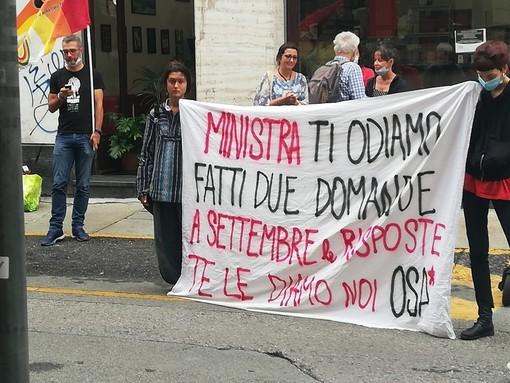 """Azzolina da Torino garantisce: """"Il 14 settembre la scuola riaprirà per tutti"""""""