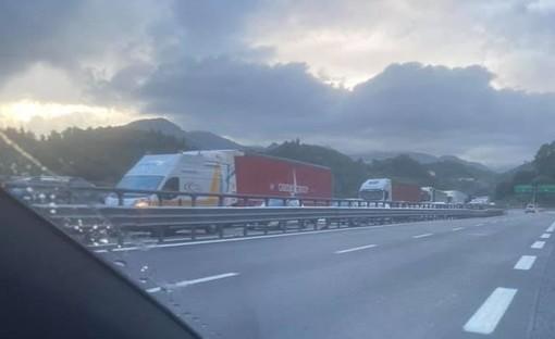 Caos autostrade: i sindaci liguri scrivono alla ministra De Micheli