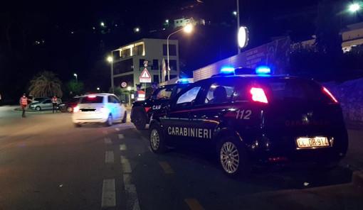 Loano, è un guardiano notturno la vittima dell'accoltellamento di questa notte: i carabinieri a caccia dell'aggressore