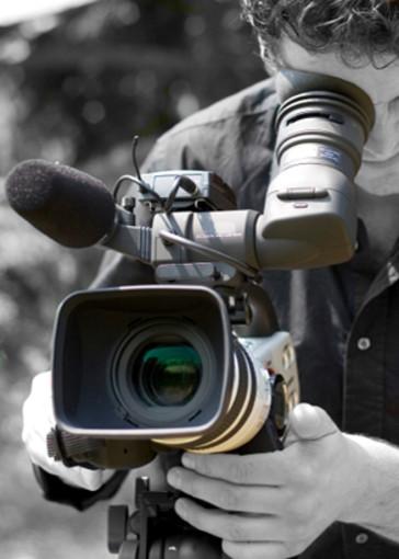 """#iorestoinitalia: le telecamere dell'emittente lombarda """"Unica Tv"""" nell'entroterra savonese"""