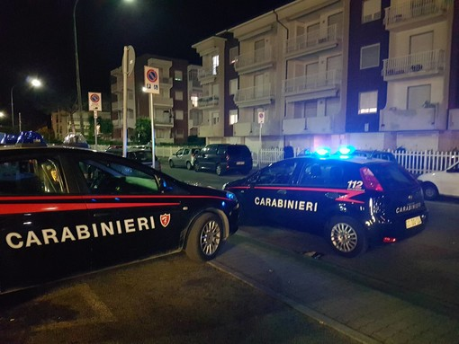 Albenga, giovane donna rientra a casa e trova la nonna morta e la madre in gravi condizioni (FOTO e VIDEO)
