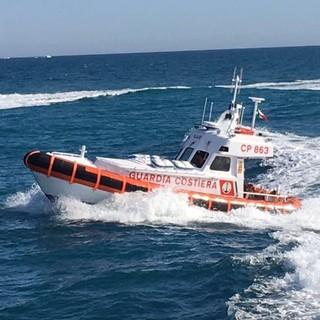 Pietra Ligure: attimi di paura per una donna dispersa in mare, ma era un falso allarme