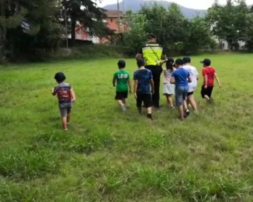 Il Soccorso Cinofilo Liguria con i bambini del Campo Estivo di Garlenda