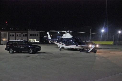 Ad Albenga e Alassio servizio dei carabinieri contro la microcriminalità: in azione anche l'elicottero (VIDEO)