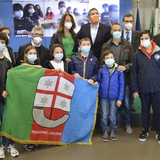La bandiera della Regione al giovane Alfiere della Repubblica di Campomorone, Diego Barbieri (VIDEO e FOTO)