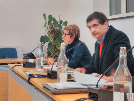 Mario Carrara durante un consiglio comunale (immagine di repertorio)