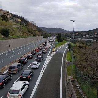 Autostrade: proseguirà per tutto il week end la consegna dei kit di ristoro agli utenti della rete ligure