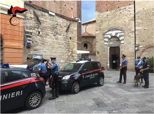 Albenga, ubriaco si scaglia contro i carabinieri: arrestato cittadino del Togo