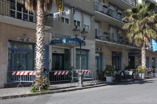 """Coronavirus ad Alassio, l'Asl 2: """"Nostri operatori hanno fatto accesso negli alberghi sin dalle prime ore dopo l'attuazione dell'ordinanza di isolamento"""""""