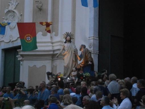 Nell'immagine di repertorio, una passata edizione della processione di San Pietro