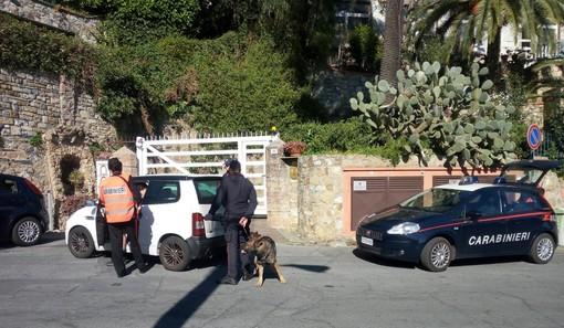 Pattuglione dei carabinieri della Compagnia di Alassio: 3 arresti, 100 persone identificate, 70 mezzi controllati e 5 patenti ritirate per guida pericolosa