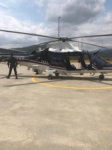Controllo straordinario dei carabinieri della Compagnia di Alassio: elicottero e unità cinofile al lavoro (FOTO e VIDEO)
