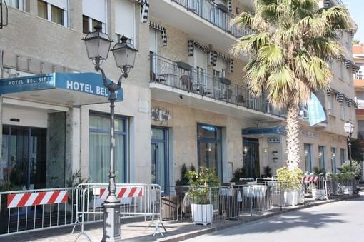 """Coronavirus: per i dipendenti degli hotel """"Bel Sit"""" e """"Al Mare"""" si avvicina il ritorno a casa"""