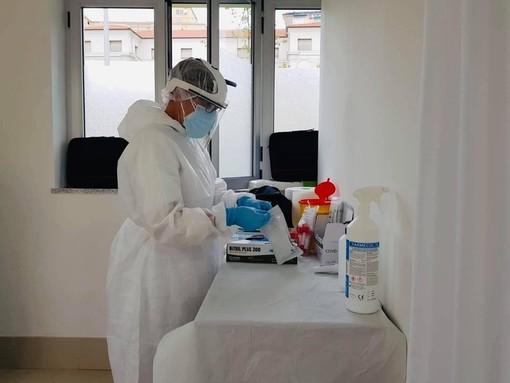 Coronavirus, migliora ancora il rapporto positivi-tamponi (6,37%) in Liguria. In provincia oggi 80 nuovi casi