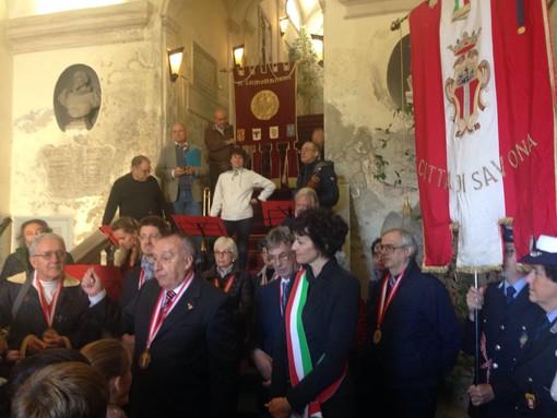 Savona torna al 12 ottobre 1492: una corona d'alloro a Cristoforo Colombo nella cerimonia alla Campanassa #FOTO