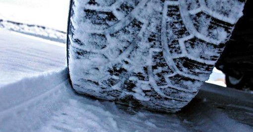 Dal 15 novembre torna l'obbligo di dotazioni invernali per i veicoli sulle strade provinciali