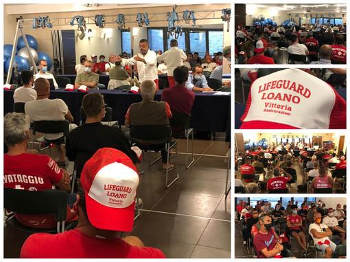 Loano, nuove linee guida sulla rianimazione cardiopolmonare: i bagnini a lezione dal dottor Brunetto (FOTO)