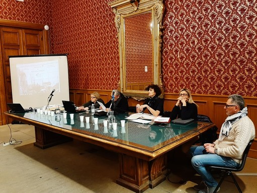 Filobus da Albisola a Vado/Quiliano, tempo fino a giugno per il comune di Savona per presentare il progetto