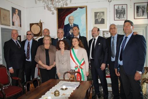Stella, i 'corazzieri di Sandro Pertini' visitano la casa natale e la tomba del settimo Presidente della Repubblica (FOTO)