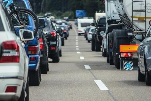 Caos Autostrade, 300 milioni per iniziare a compensare le attività liguri