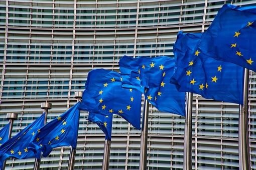 Approfondire l'Unione economica e monetaria dell'Europa: bilancio della Commissione sui progressi compiuti