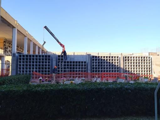 Albenga, prosegue l'intervento di ampliamento interno del cimitero di Leca
