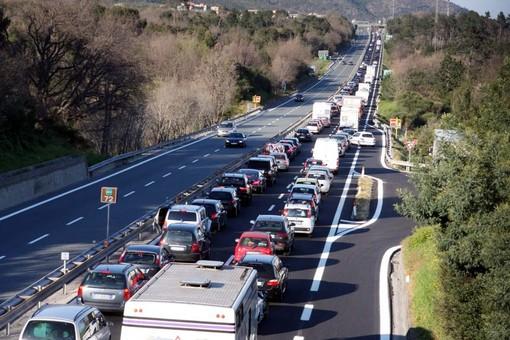 Autostrada dei Fiori, previsioni traffico per il weekend e Ferragosto