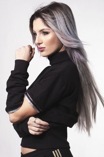 La cantante e dj Georgia Mos presenta il suo nuovo singolo su Radio Onda Ligure 101