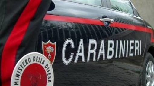 Si aggirava per Villanova d'Albenga con un'auto rubata a Sanremo: 21enne marocchino fermato per ricettazione e guida senza patente