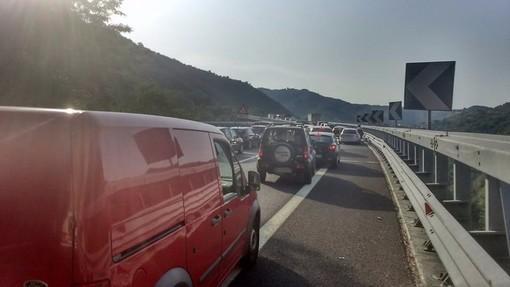 Incidente sulla A6 tra Altare e Savona: più auto coinvolte e disagi alla viabilità