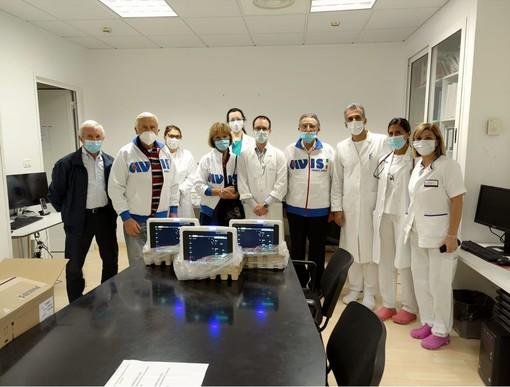 La Cardiologia del Santa Corona riceve tre monitor dall'AVIS di Finale Ligure