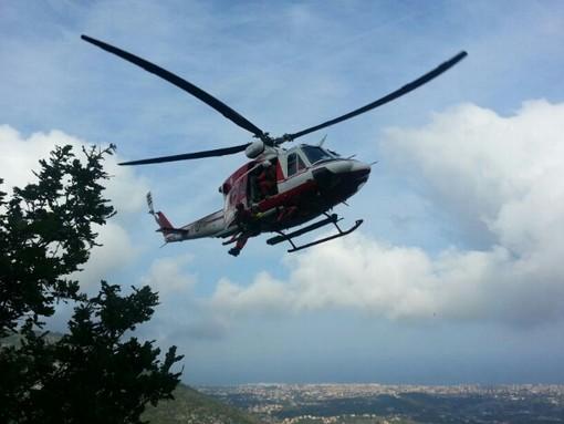 Incendio di Ortovero, aggiornamento: confermato l'impiego dell'elicottero