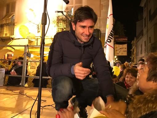 """A Cairo l'incontro con Di Battista: """"Vogliamo l'opportunità di cambiare le cose in Italia"""" (VIDEO e FOTO)"""