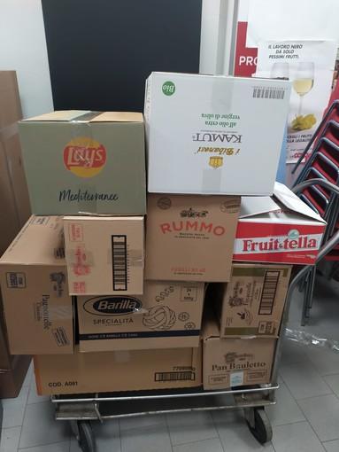 """""""Dona la spesa"""", a Finale quasi 75kg di materiale scolastico raccolto"""