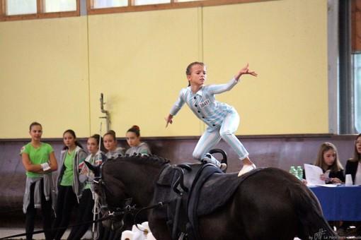 Da Finale a Salisburgo per rappresentare l'Italia: le giovani atlete Vittoria De Sciora e Francesca Costantino in scena agli internazionali di Volteggio